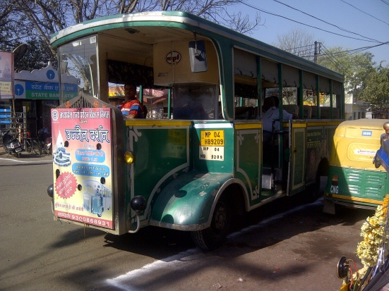 Ujjain tour bus